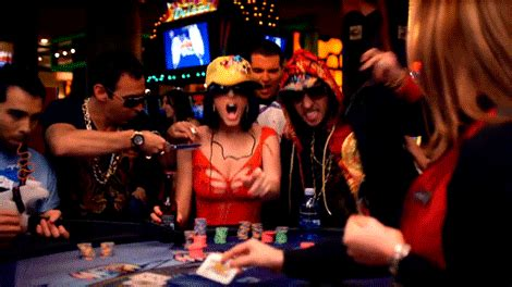 Poker player vanishes after losing a hand rgifs reddit animatedgif 470x264
